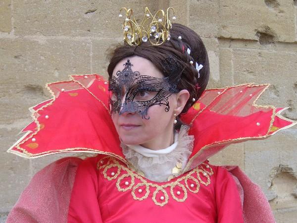 Costume réalisé pour le Carnaval Vénitien de Longwy en 2015. La perruque et la couronne sont également fabriquées.