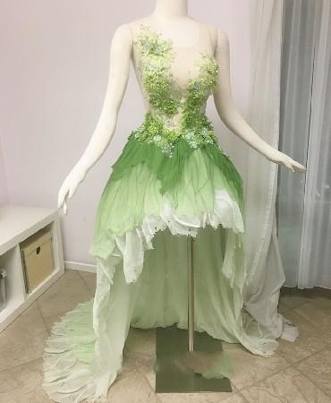 Vous êtes sensible et malicieuse ?Oubliez la robe conventionnelle et glissez vous dans la robe de la fée clochette pour un mariage féérique