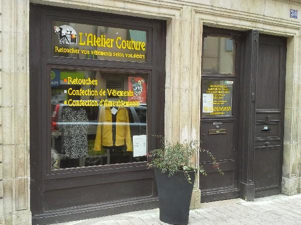 L'atelier du 30 rue Désiré MATHIVET à Tournus<br /> dans le quartier de la Madeleine non loin de l'église du même nom.